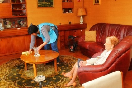 aide ménagère personnes âgées
