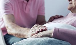 Aide à domicile aux personnes en fin de vie